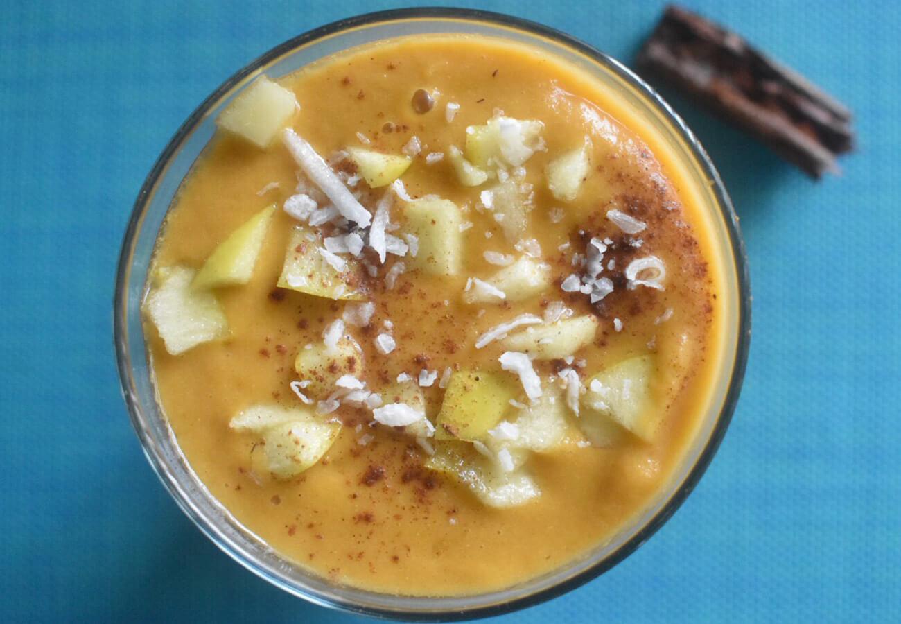 manzana canela smoothie